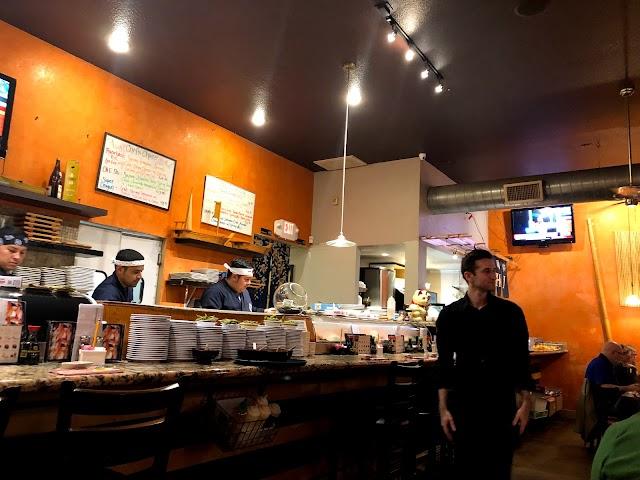 Sushi House image