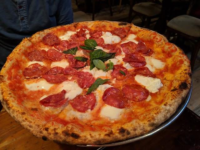 Luzzo's La Pizza Napoletana