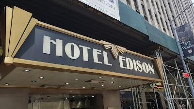 Hotel Edison Parking - Find Cheap Street Parking or Parking Garage near Hotel Edison | SpotAngels
