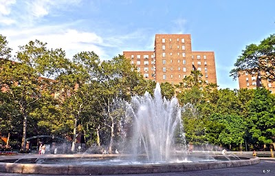Stuyvesant Town Parking - Find the Cheapest Street Parking and Parking Garage near Stuyvesant Town   SpotAngels