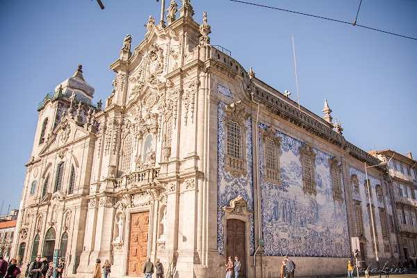 Popular tourist site Igreja do Carmo in Porto