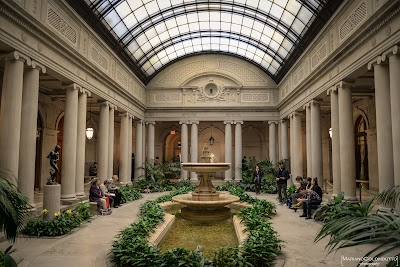 Frick Collection Parking - Find the Cheapest Street Parking and Parking Garage near Frick Collection | SpotAngels