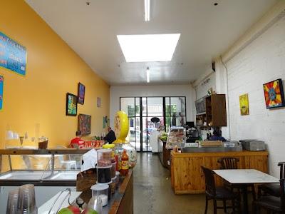Un Cafecito Parking - Find Cheap Street Parking or Parking Garage near Un Cafecito | SpotAngels