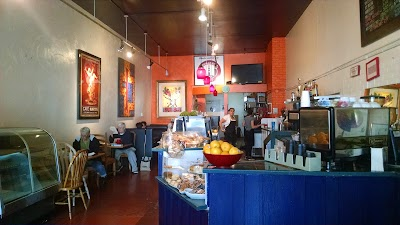 Javalencia Cafe Parking - Find Cheap Street Parking or Parking Garage near Javalencia Cafe | SpotAngels