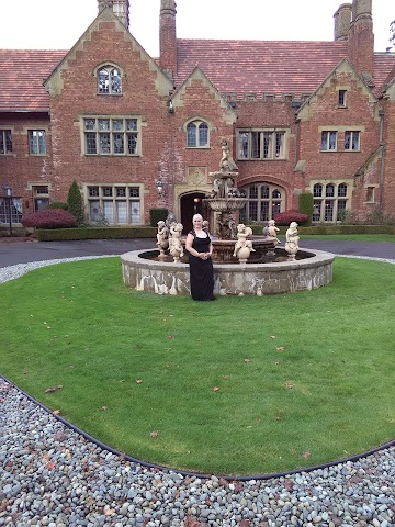 Thornewood Castle Bed and Breakfast