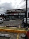 Use Waze to navigate to Plaza El Establo Managua