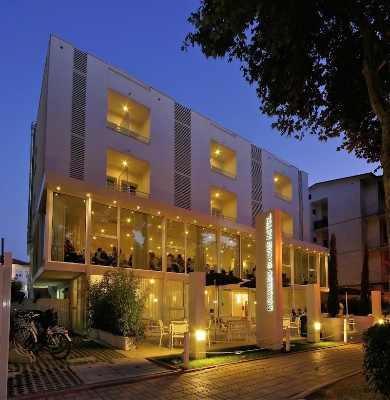 Mokambo Shore Hotel