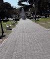 Use Waze to navigate to Plaza Mitre San Nicolás de los Arroyos