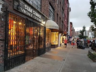 Greenwich Village Parking - Find the Cheapest Street Parking and Parking Garage near Greenwich Village | SpotAngels