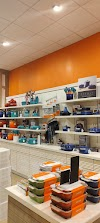 Image 8 of Le Creuset, Somerville