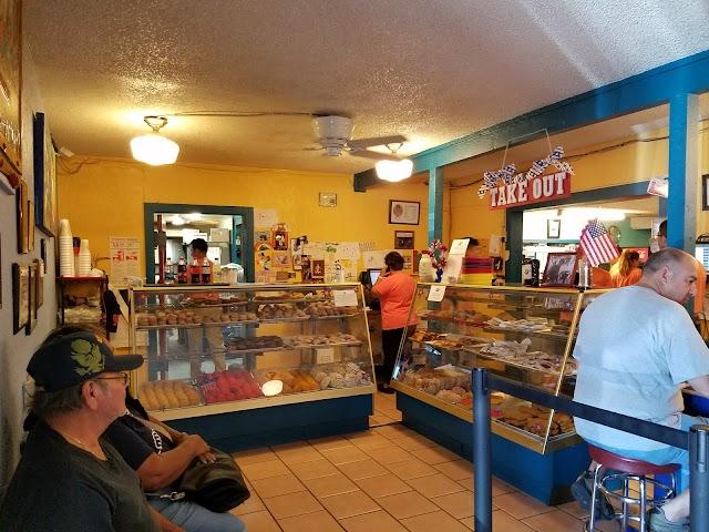 Joe's Bakery & Coffee Shop