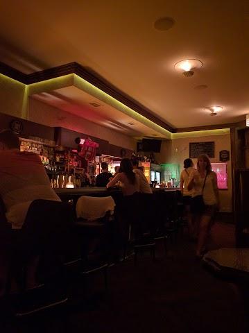 Bar Deville