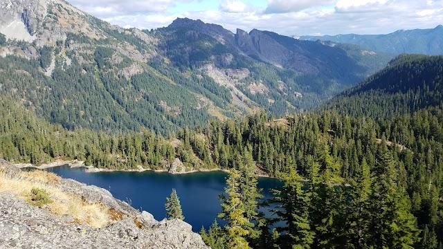 Rachel Lake Trailhead