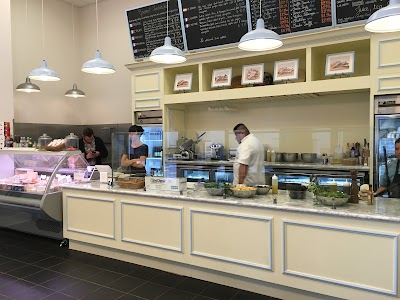 La Fromagerie Cheese Shop Parking - Find Cheap Street Parking or Parking Garage near La Fromagerie Cheese Shop | SpotAngels