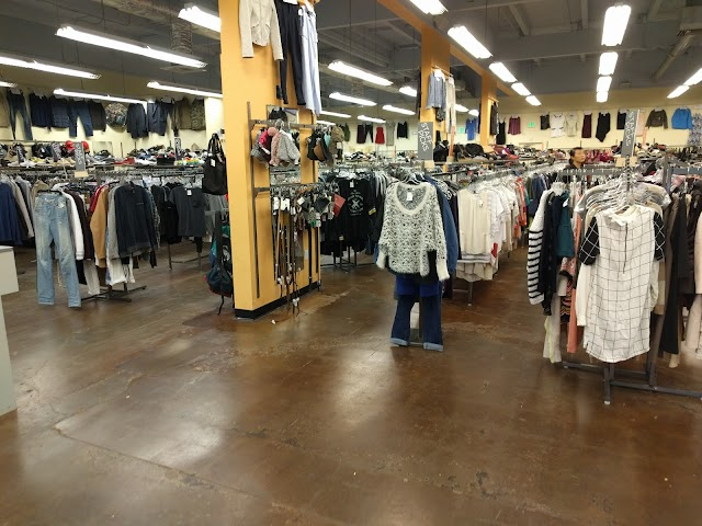 The Markets, Shops, and Stores Well Worth Your While | 18