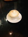 Use Waze to navigate to Cafe De Paris Al Khobar
