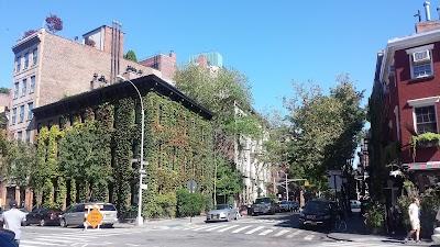 West Village Parking - Find Cheap Street Parking or Parking Garage near West Village | SpotAngels