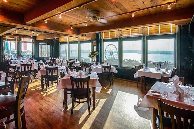 Maximilien Restaurant