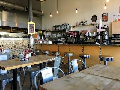 Toast Eatery Parking - Find Cheap Street Parking or Parking Garage near Toast Eatery | SpotAngels