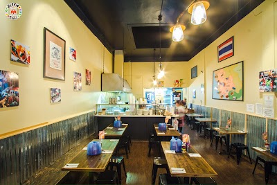 Hippie Thai Street Food Parking - Find Cheap Street Parking or Parking Garage near Hippie Thai Street Food | SpotAngels