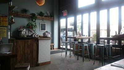 Amituofo Vegan Cuisine Parking - Find Cheap Street Parking or Parking Garage near Amituofo Vegan Cuisine | SpotAngels