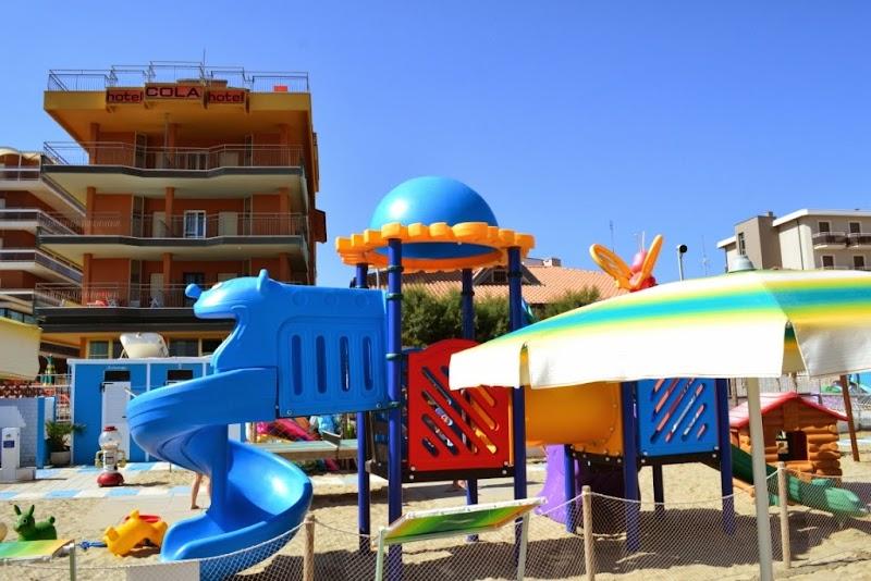 Hotel Cola sul mare