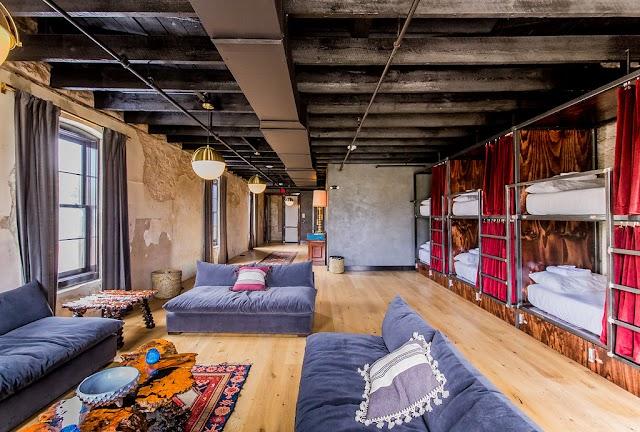 Native Hostel and Bar & Cafe
