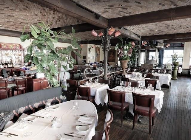 Boulevard Restaurant image