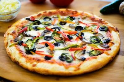 Bellerose Famous Pizza Parking - Find Cheap Street Parking or Parking Garage near Bellerose Famous Pizza | SpotAngels