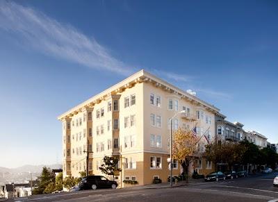 Hotel Drisco Parking - Find Cheap Street Parking or Parking Garage near Hotel Drisco | SpotAngels