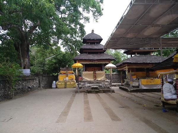 Popular tourist site Sakenan Temple in Denpasar City