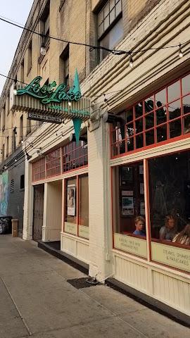 Lost Lake Cafe & Lounge