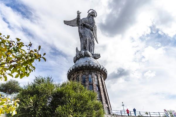 Popular tourist site Loma El Panecillo in Quito
