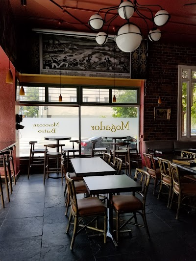 Mogador Moroccan Bistro Parking - Find Cheap Street Parking or Parking Garage near Mogador Moroccan Bistro | SpotAngels