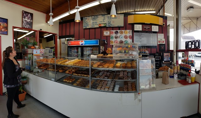 Henry's Donuts