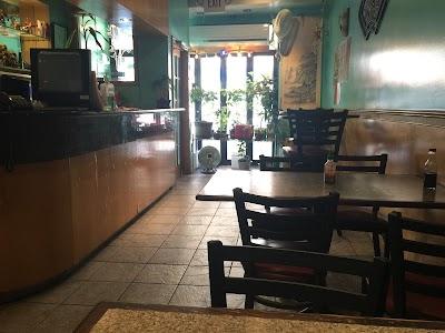 Amy's Restaurant Parking - Find Cheap Street Parking or Parking Garage near Amy's Restaurant   SpotAngels