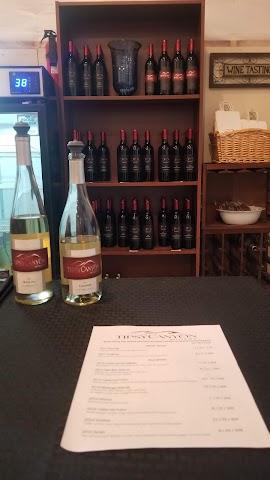 Tipsy Canyon Winery