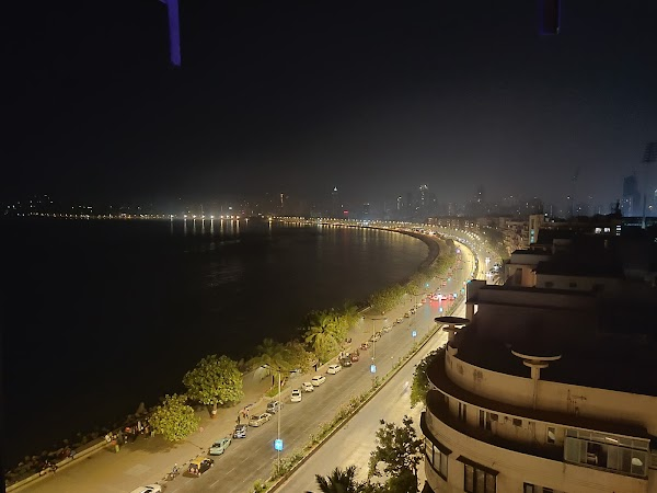 Popular tourist site Queen's Necklace - Marine Drive in Mumbai
