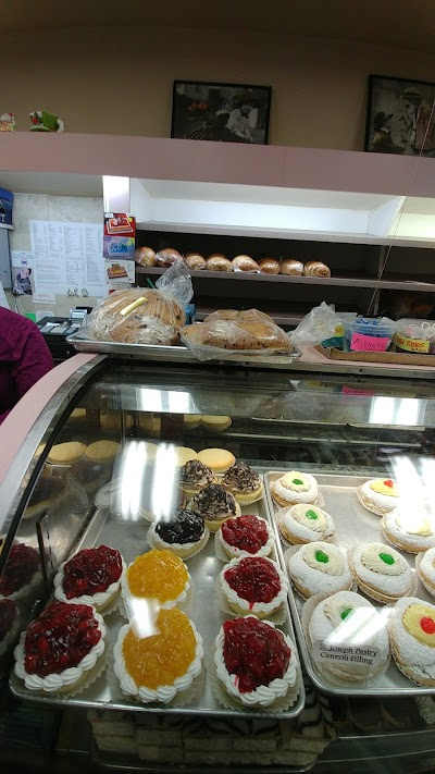 Angelica's Bakery Parking - Find Cheap Street Parking or Parking Garage near Angelica's Bakery | SpotAngels