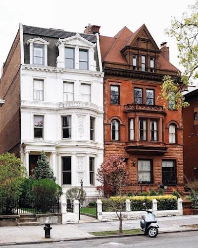 Brooklyn Parking - Find Cheap Street Parking or Parking Garage near Brooklyn | SpotAngels