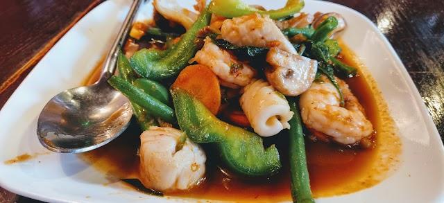 Noodle Boat Thai Restaurant