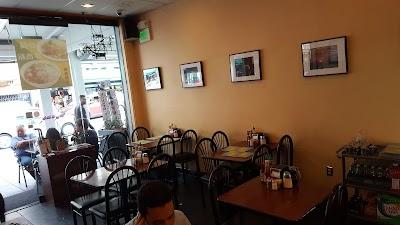 Darren's Cafe Parking - Find Cheap Street Parking or Parking Garage near Darren's Cafe | SpotAngels