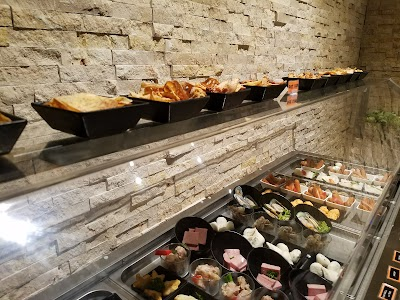 Fiery Hot Pot Buffet Parking - Find Cheap Street Parking or Parking Garage near Fiery Hot Pot Buffet | SpotAngels
