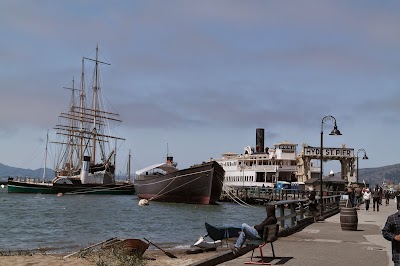 San Francisco Maritime National Historical Park Parking - Find Cheap Street Parking or Parking Garage near San Francisco Maritime National Historical Park | SpotAngels