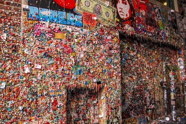 Gum Wall image