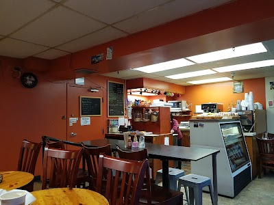 Thad's Joint Parking - Find Cheap Street Parking or Parking Garage near Thad's Joint | SpotAngels