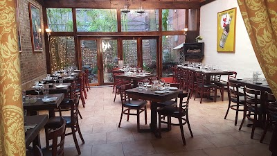 Scottadito Osteria Toscana Parking - Find the Cheapest Street Parking and Parking Garage near Scottadito Osteria Toscana   SpotAngels