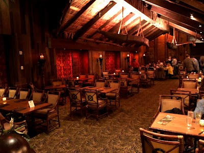 Tonga Room & Hurricane Bar Parking - Find Cheap Street Parking or Parking Garage near Tonga Room & Hurricane Bar | SpotAngels