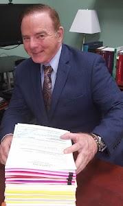 James Gagel Business Immigration Attorney/Abogado de Inmigración y Negocios