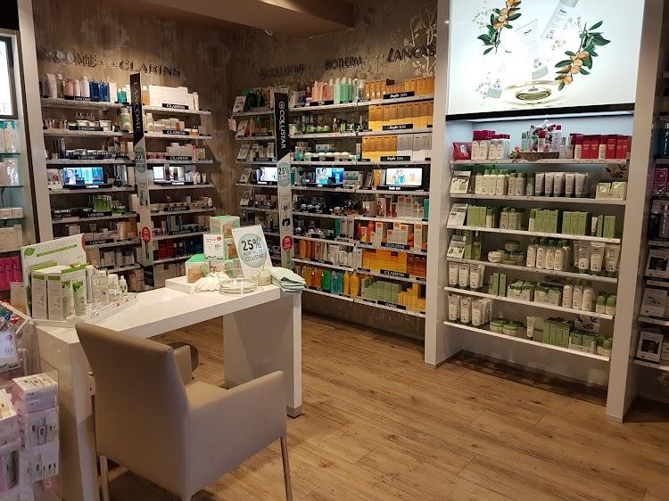 Parfumerie Douglas Eindhoven